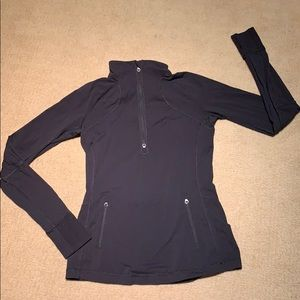 LuluLemon black thermal pullover. Size 8. Fab Cond